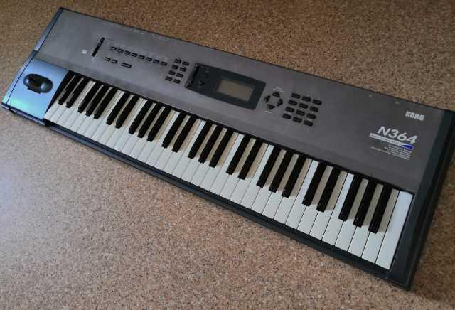 Продам: Музыкальная рабочая станция KORG N364