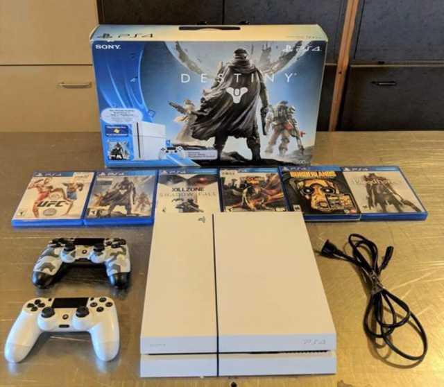 Продам Sony ps4 pro 1tb