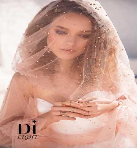 Продам Жемчужное свадебное платье