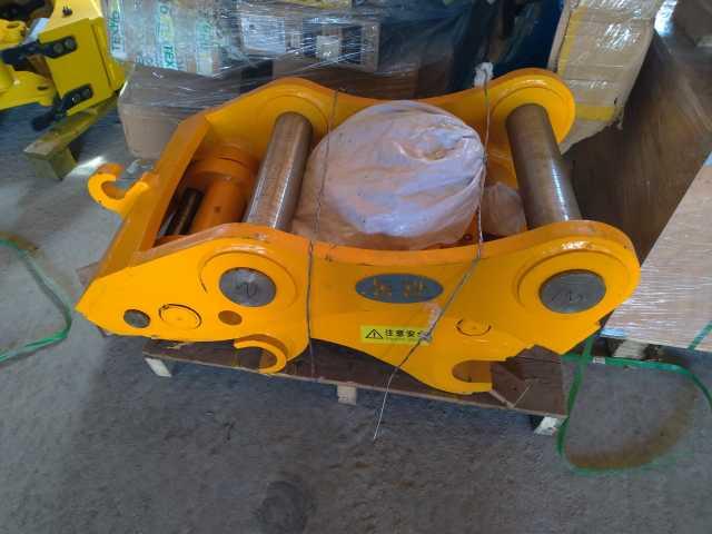 Продам: Быстросъём гидравл на JS220 № Q345B