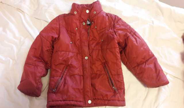 Продам Зимние полукомбинезоны и куртка