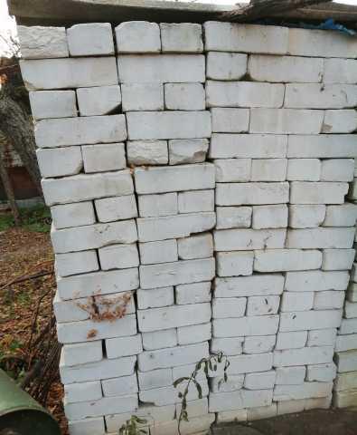 Продам Кирпич силикатный белый неупакованный