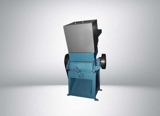 Продам дробилку для твёрдых отходов полимеров