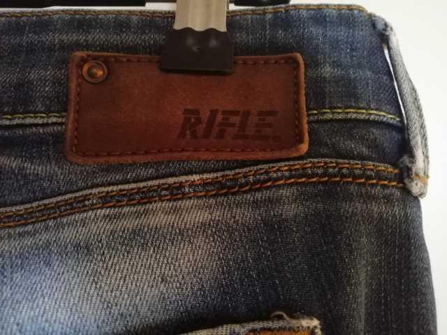 Продам Джинсы «RIFLE jeans» , р-р 28