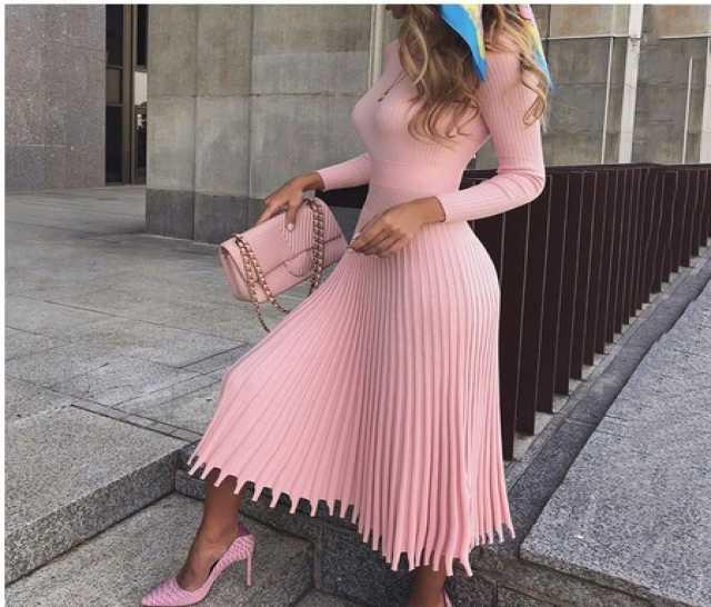 Продам Элегантные вечерние платья-свитера