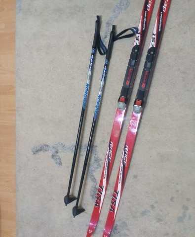 Отдам даром Детские лыжи Tisa с лыжными палками Nord