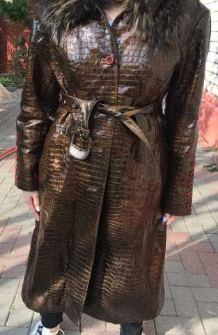 Продам: Продаю пальто !