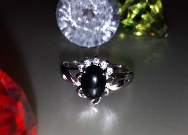 Продам: Кольцо Черный камень Родиевое покрытие