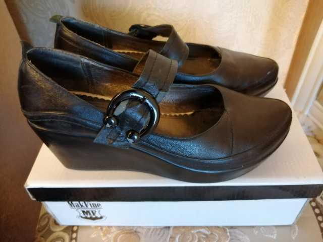 Продам Туфли кожаные женские чёрные на платформ