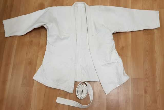 Продам: Кимоно куртка + пояс, б/у. недорого