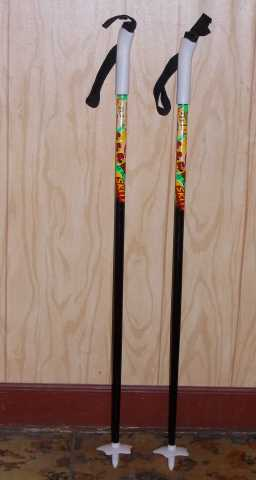 Продам: Лыжные палки детские 95
