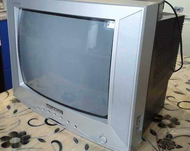 Продам Телевизор с цифровой приставкой