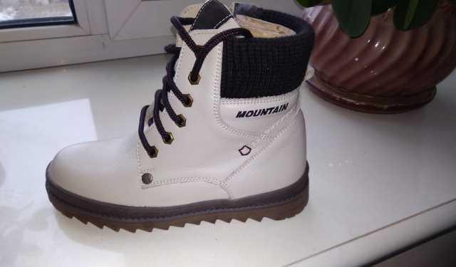 Продам: Ботинки зимние натуральная кожа