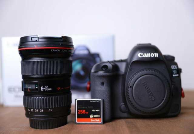 Продам: Цифровая зеркальная камера Canon EOS 5D