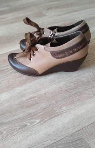Продам Туфли женские