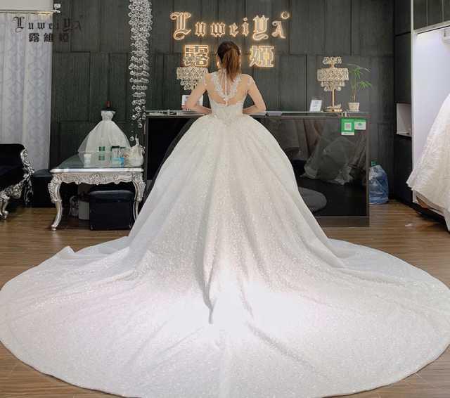 Продам: Wedding dress