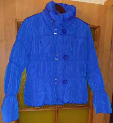 Продам Демисезонную куртку