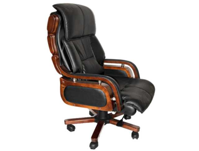 Продам: Кресло руководителя