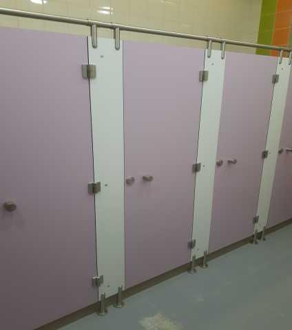 Продам: Сантехкабины туалетные перпегородки HPL