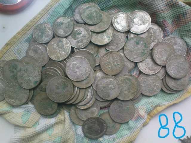 Куплю Покупаем монетные клады !
