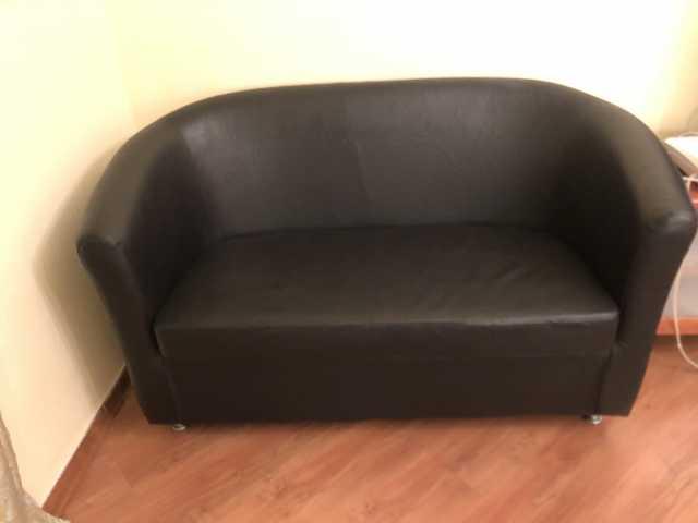 Продам диван с креслом эко кожа
