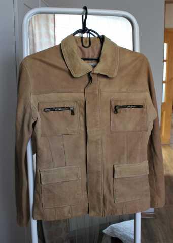Продам Кожаная куртка, 42-44/S