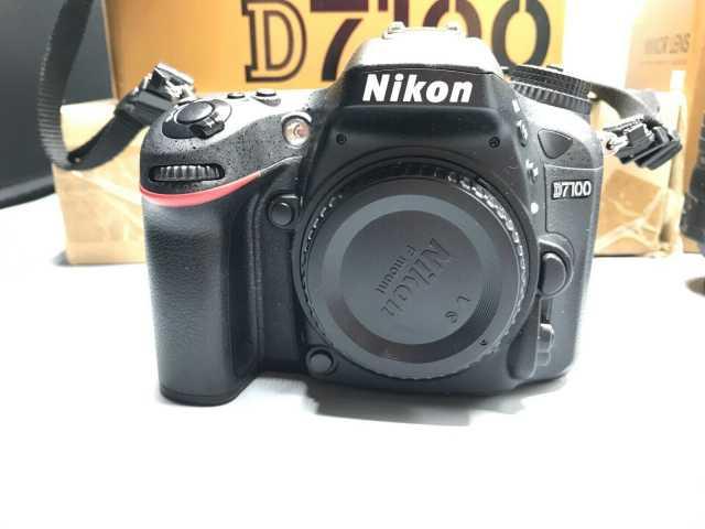 Продам: Nikon D7100 camera + 18-140mm lens