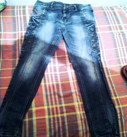 Продам: Продаются фирменные редкие джинсы