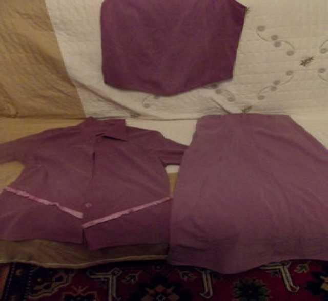 Продам: Женский костюм Тройка Юбка блузка топ