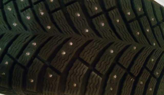 Продам: шины зимние шипованые