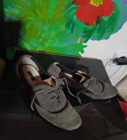 Продам Продаю интересные туфли