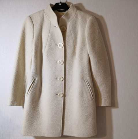 Продам: LavRore Пальто