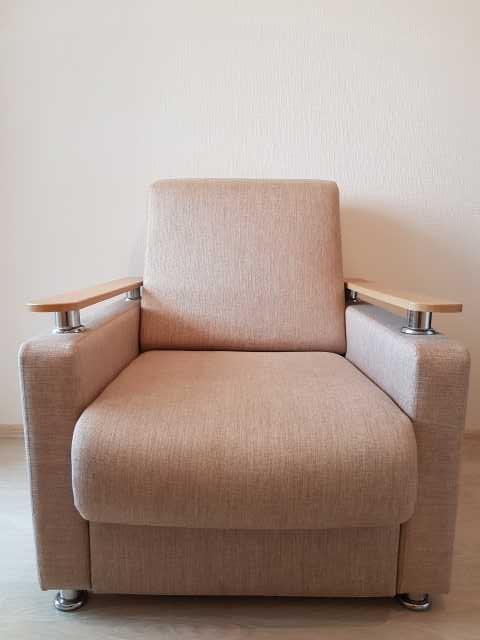 Продам: Кресло
