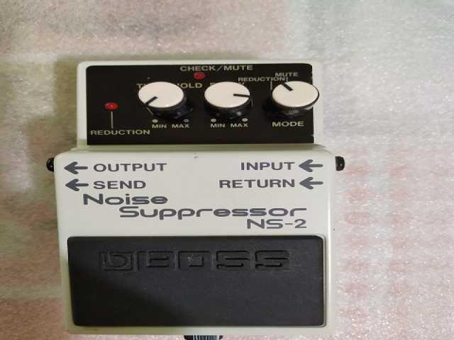 Продам Гитарный подавитель шума Noice Gate Boss