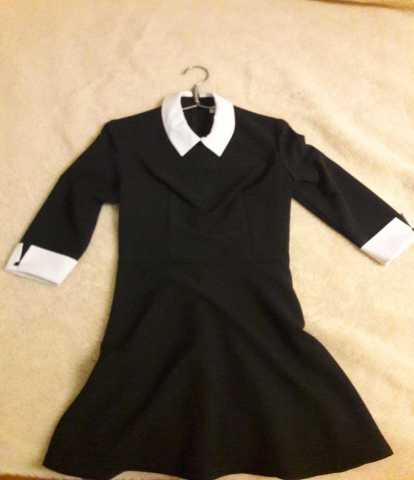 Продам Платье делового стиля