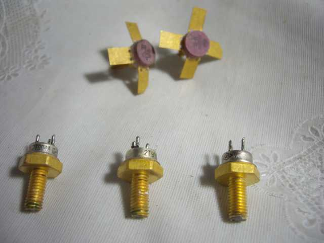 Продам: Транзисторы КТ920А КТ925В Новые