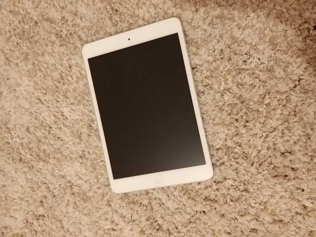 Продам iPad mini +cellular 16 gb
