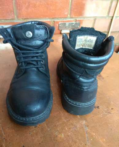 Продам Ботинки Wrangler. Размер 36