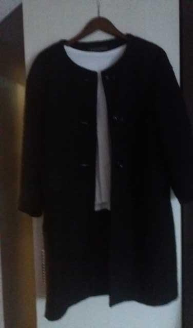 Продам Пальто женское Италия Sandro Ferrone