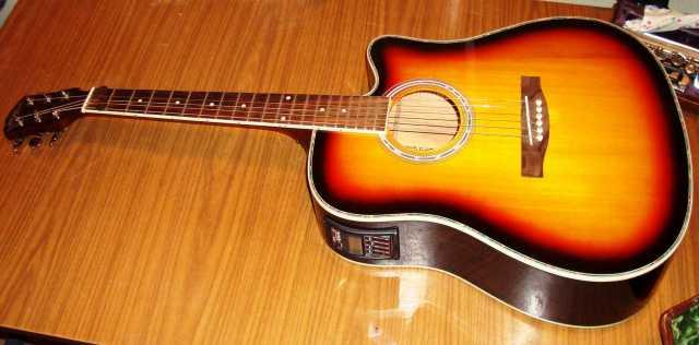 Продам Элктро-аккустичская гитара