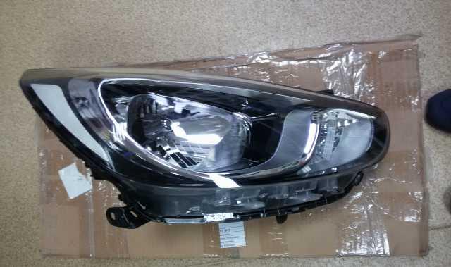 Продам: Блок фара Hyundai Accent 11- правая
