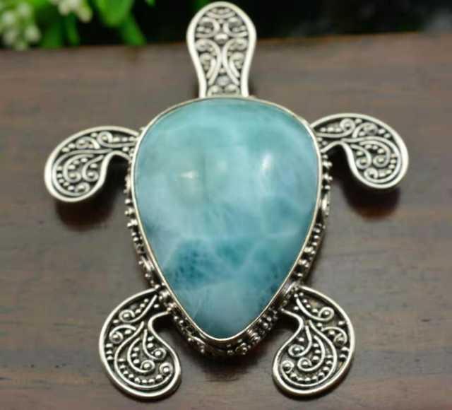 Продам: Украшения из серебра и натуральных камне