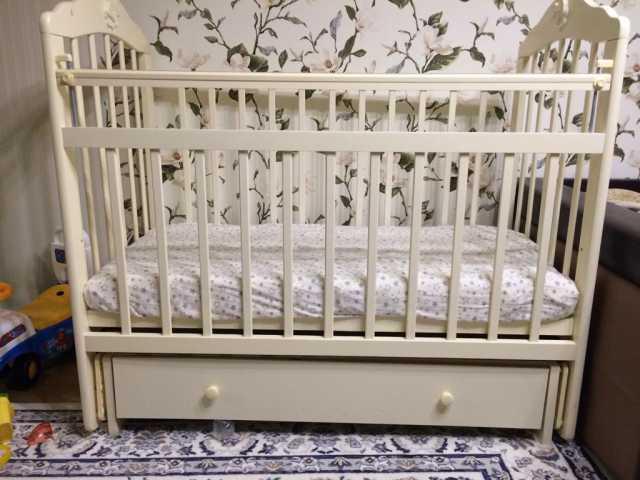 Продам Детская кровать Briciola 11, матрас