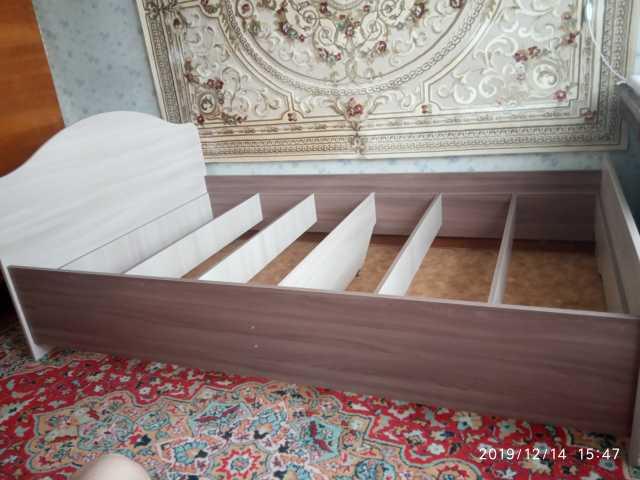 Продам: Кровать Миссия и матрас Престиж