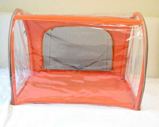 Продам: Сумки-переноски, выставочные палатки