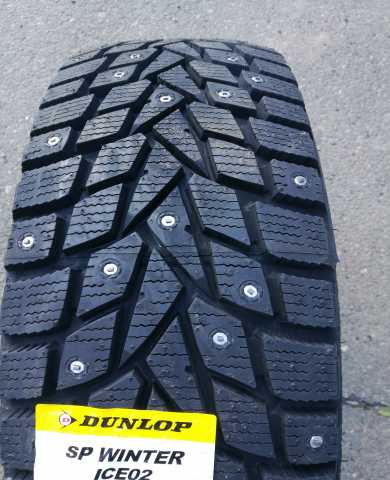 Продам: 155/65 R14 Dunlop WINTER ICE 02 Шипы