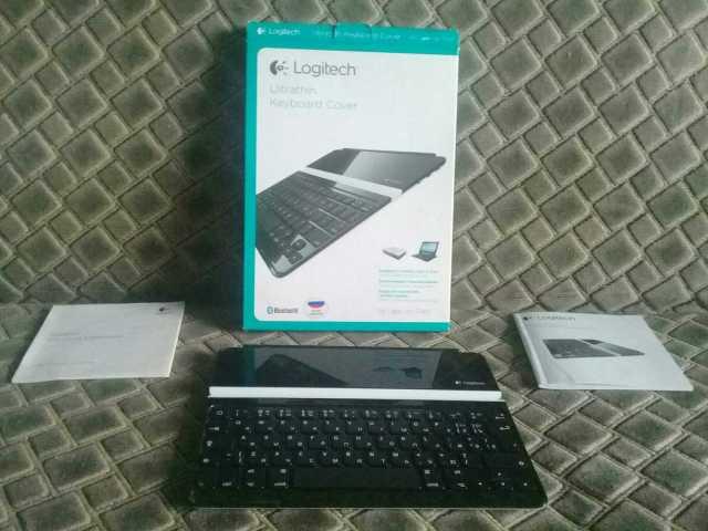 Продам Клавиатура чехол для iPad