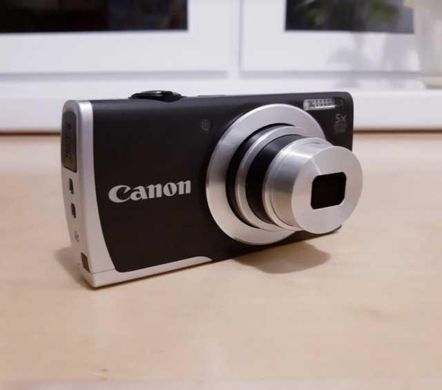 Продам Фотоаппарат Canon + карта памяти + чехол