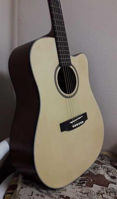 Продам Гитара акустическая