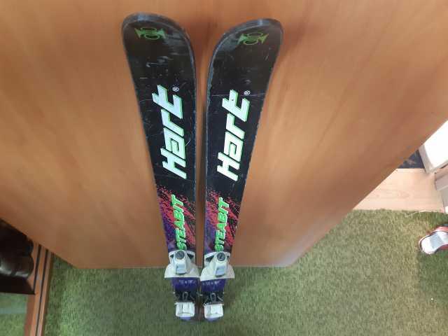 Продам: Лыжи горные детские Hart (ботинки и креп